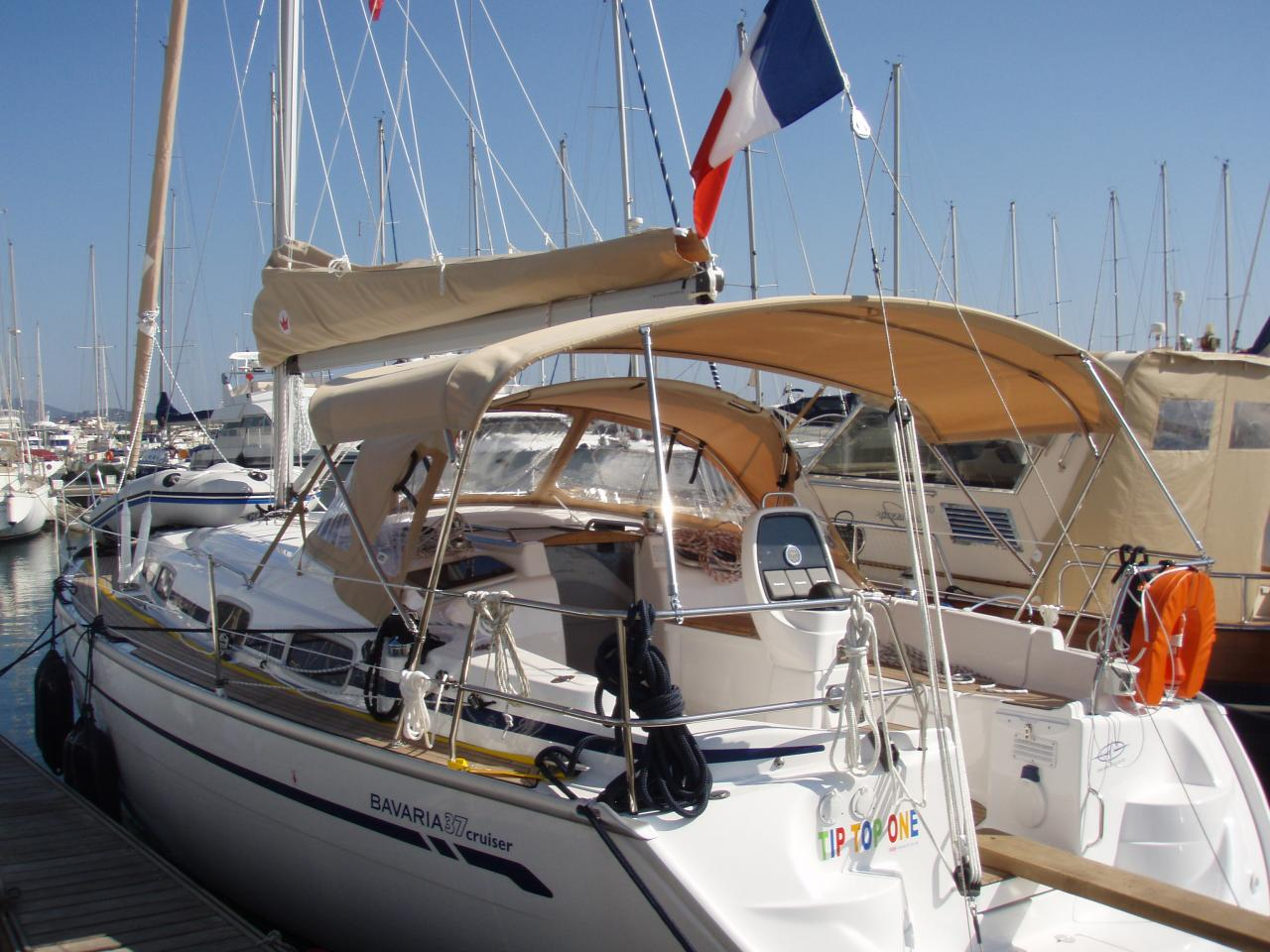 "Bavaria 37 cruiser ""TIP TOP ONE"""